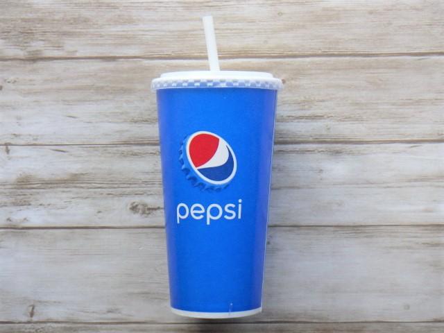 コストコのフードコートの飲み放題ジュースのカップ