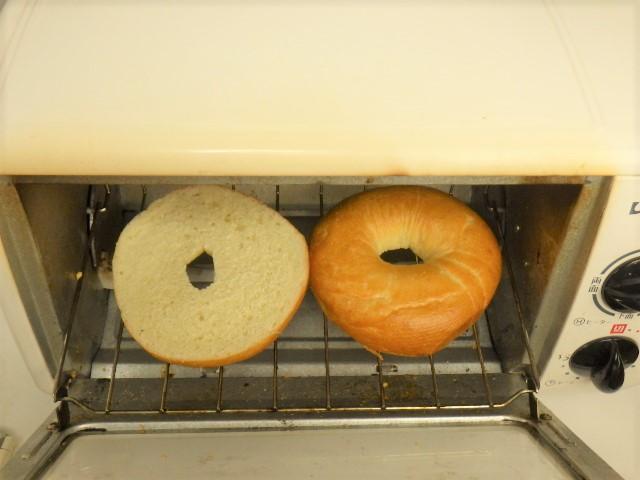 ベーグルのトースターでの温め方