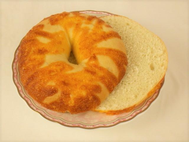 コストコ チーズベーグルの横スライス方法