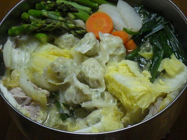コストコのビビゴ水餃子を鍋にアレンジ