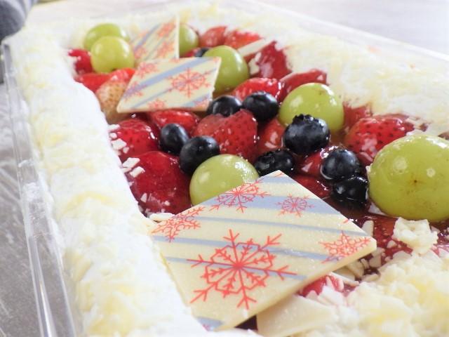コストコのホリデーフルーツフロマージュケーキのカロリー