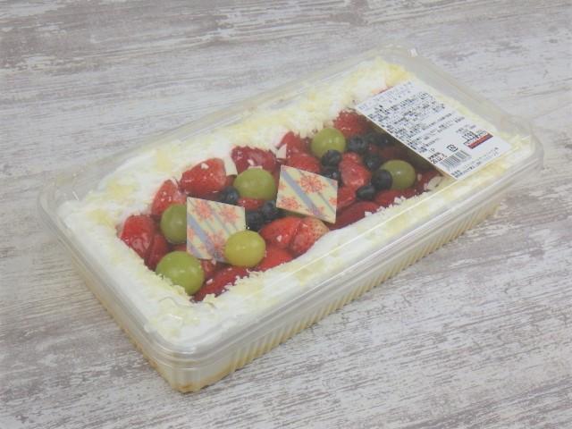 コストコのホリデーフルーツフロマージュケーキの1パックのサイズ
