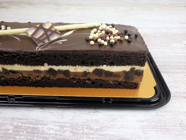 コストコのタキシードケーキの側面