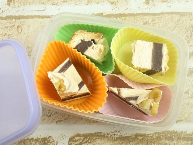 コストコのチョコレート&プラリネタルトを一口大に冷凍