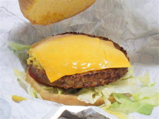 コストコのガーデンバーガーのチーズ