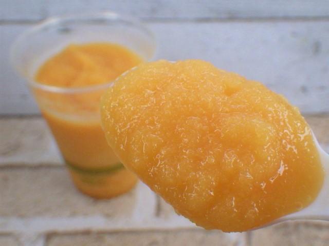 コストコのバレンシアオレンジスムージーの一口サイズ