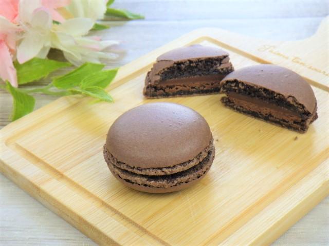 マカロンのチョコレート