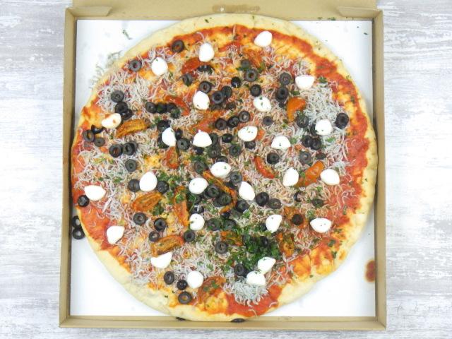 コストコの遠州しらすピザの全体像