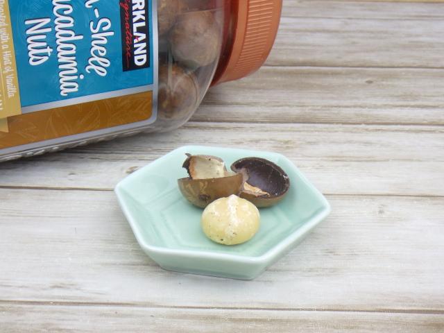 コストコの殻付きマカダミアナッツの取り分け