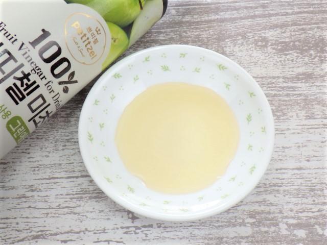 コストコの美酢グリーンアップル(青りんご)の原液の色味