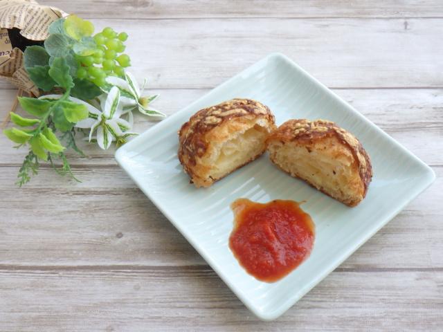 コストコのチーズデニッシュのマリナラソース添えアレンジ