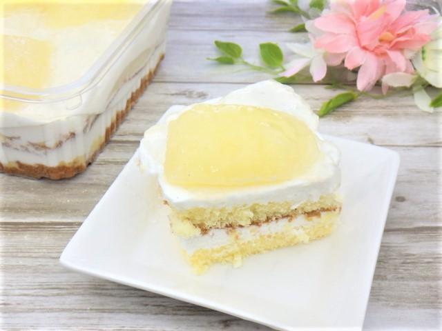 コストコの洋梨パンナコッタムースケーキの1カット