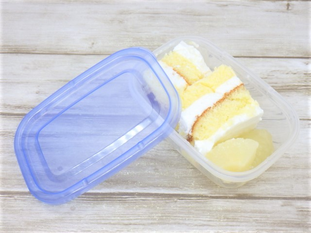 コストコの洋梨パンナコッタムースケーキの冷凍方法2